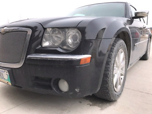 2008  CHRYSLER 300C SAFETIED