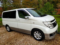 2002 Nissan Elgrand E51 Reversing Camera Electric Sliding Door Huge spec!!!!
