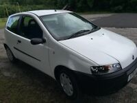 Fiat punto 1.2 8v White full service long mot 27000miles from new £1075