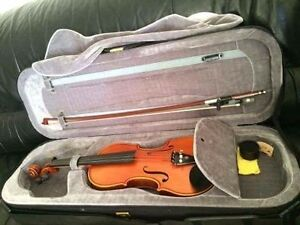 Well kept violin and case