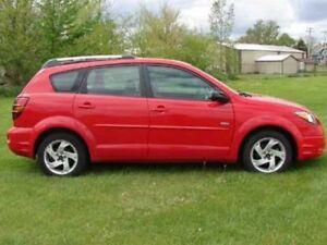 2005 Pontiac Vibe 4-Door