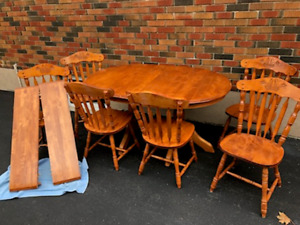 9 pc solid maple dining set