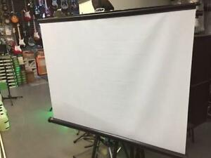 ***LIQUIDATION*** SCREEN DRAPPER 80""