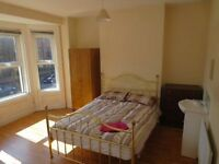 Large Double Bedrooms & Double Beds ~ FREE WIFI ~ View Today ~ 12 2 & 4PM ~ Houses Close TO Queens ~