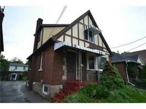 Clean 5-Bed Westdale House close to McMaster
