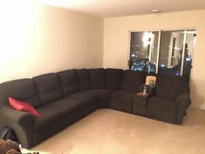 Very Comfortable 3 piece sofa set complete