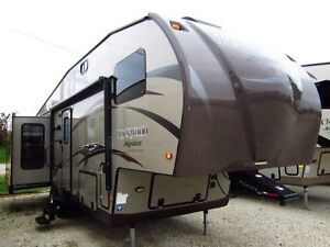 Forest river Rockwood Signature 2013 fifth wheel