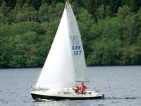 Hunter 19 foot Sailing Dingy Yacht Boat inc. Trailer + Tender