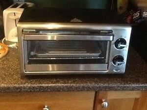 Like new PC toaster oven