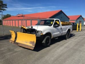 2002 Ford f-250 with v plow and sander