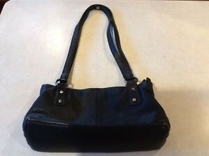 Sabini genuine leather black handbag. Carindale Brisbane South East Preview