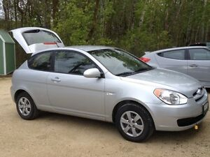 2009 Hyundai Accent space silver Hatchback Winter Tires & Rims