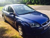 Ford Focus ghia automatic blue service mot on board sat nav etc £2275