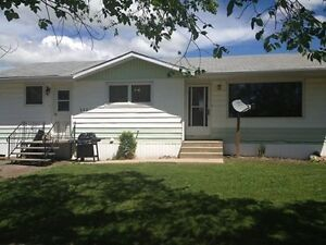 House for rent, nice area - Central Butte, SK