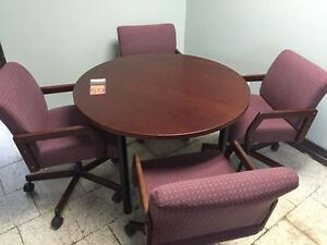 """Krug"" Meeting Table with 4 Chairs"