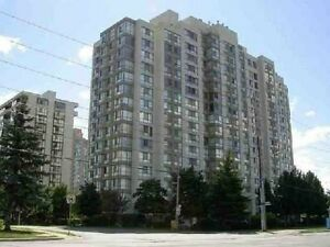 A GREAT 2 BED+ DEN TORONTO CONDO! CALL TO VIEW IT TODAY!