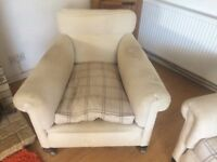 2 vintage armchairs in need of reupholstery