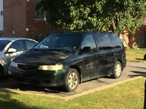 2000 Honda Odyssey modele EX Familiale