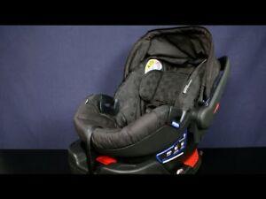Britax B-Safe 35 infant car seat- like new