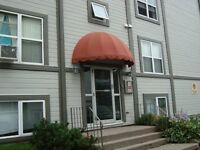 RENOVATED... ALL UTILITIES INCLUDED..WALKING DISTANCE TO UdeM