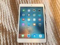 iPad mini 16GB White WiFi in very good condition