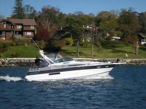 30 foot Four Winns 315 Vista Cruiser