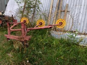 Three point hitch three wheel rake