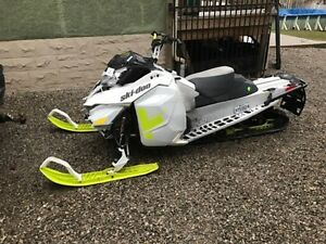 Parting out skidoo 2014 and 2015 freeride