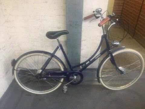 Ladies / Women Bike Pashley in good condition