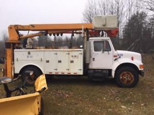 1991 international  Bucket & drill auger &winch good   Truck