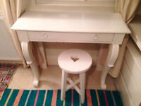 Lovely White Desk & Chair