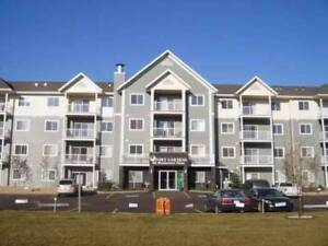 Top floor 2 bed, 2 bath Fort Saskatchewan condo with 2 parking