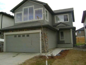 Executive 3 Bedroom Home For Rent in South Terwillegar