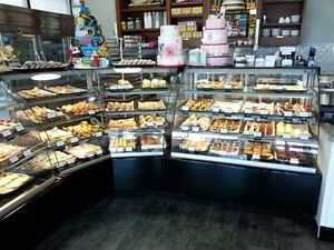Pastry case, Deli case, Fresh meat case, Open merchandiser, Grab
