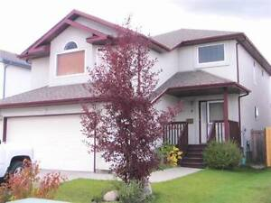 Executive rental house, Sherwood Park, 3 bedrooms + den