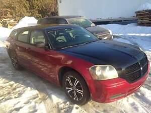PRIX REDUIT VENTE RAPIDE 2006 Dodge Magnum SE PEINTURE CUSTOM