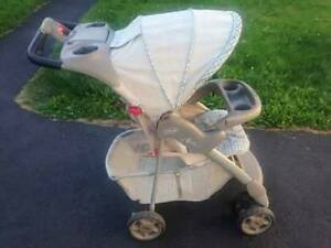 Graco Aura Stroller - Excellent Condition - Delivery Included