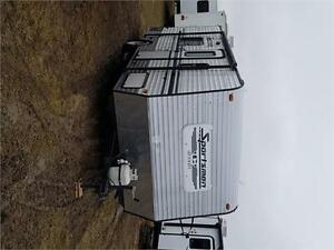 2015 KZ Sportsmen Classic 200 Travel Trailer w Twin beds