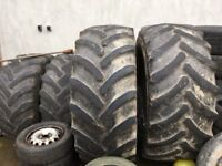 2 tractor tyres suitable for training