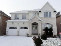 Large Rooms in Executive Brampton Home - 2nd Floor