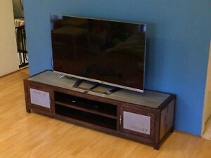 Entertainment unit 1.8m long North Strathfield Canada Bay Area Preview