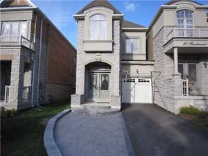 Beautiful house for rent in Thornhill!