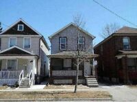 SPACIOUS BACHLOR IN ETOBICOKE, PRIVATE ENTRANCE -UTILITIES INCL