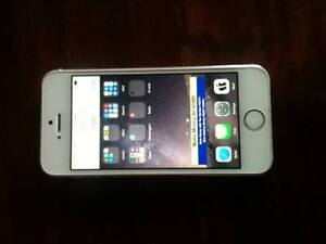 Iphone 5s 16gb in really good condition