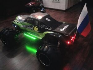 1/5th Scale Exceed RC Hannibal 30cc Gas-Engine 4x4