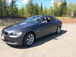 2008 BMW 335xi Coupe AWD - Low KMs