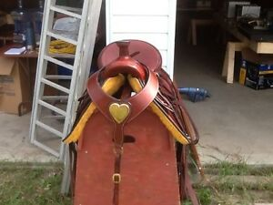 Custom built high country roping saddle