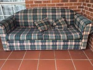 Sofa Lounge - FREE Harrington Park Camden Area Preview