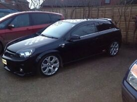 MINT CONDITION 57 PLATE ASTRA VXR LOW MILES FULL SERVICE AND MOT