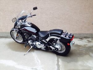 Reduced!! 2011 and 2008 Yamaha V Star 650 HIS n HER'S BIKES!!
